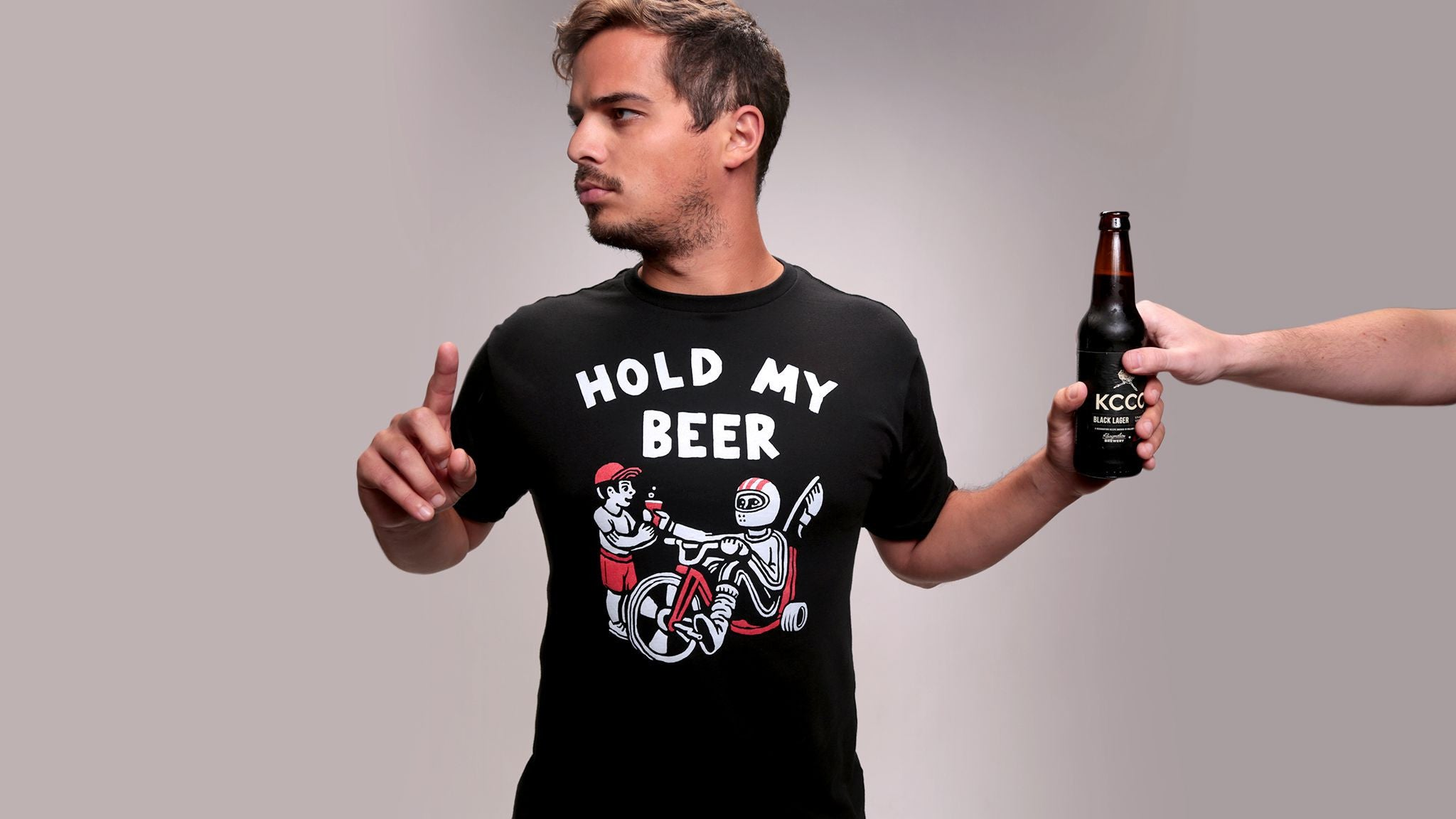 Men's Hold My Beer Tee - Black - The Chivery