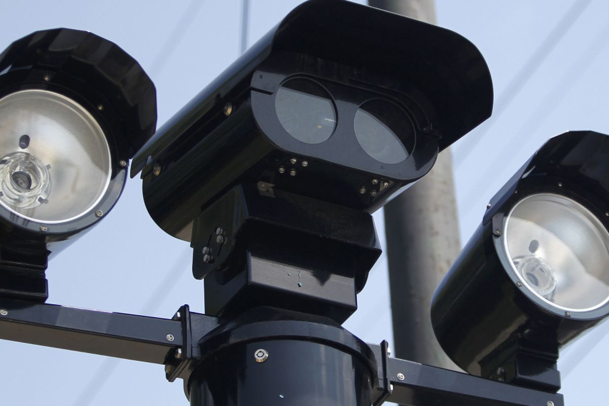 RIG FOR RED? Chicago Is Rigging Red Light Cameras To Rack Up Millions In Fines…
