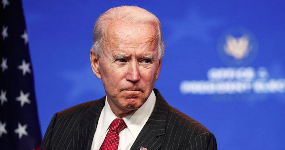Joe Biden se fractura un pie mientras jugaba con su perro ...
