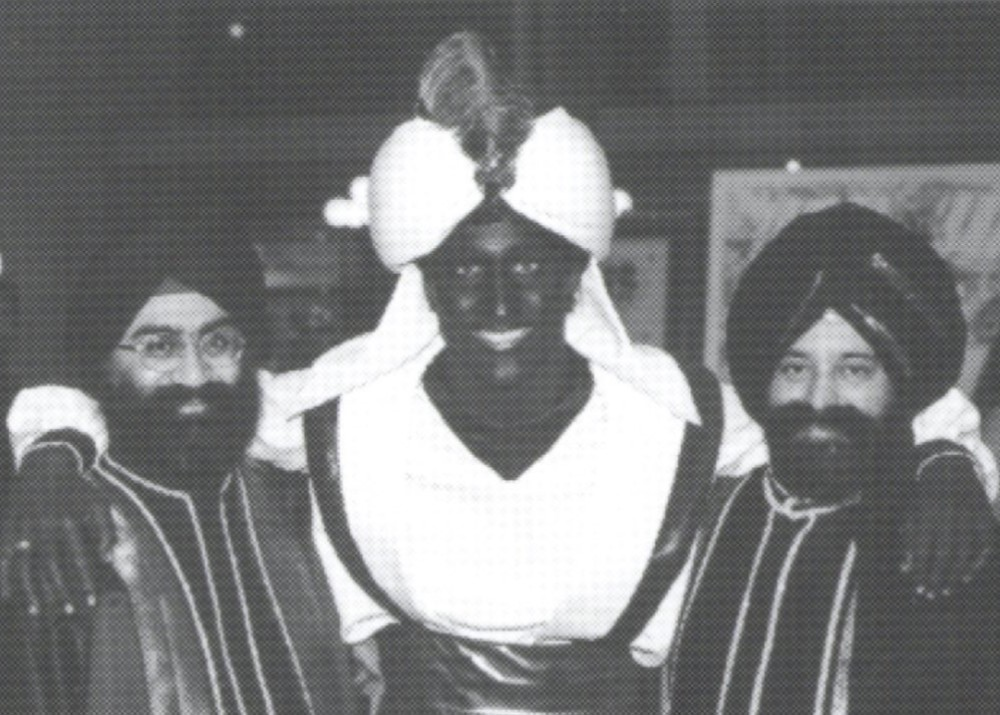 Justin Trudeau Blackface Photos Appear After He Apologized ...