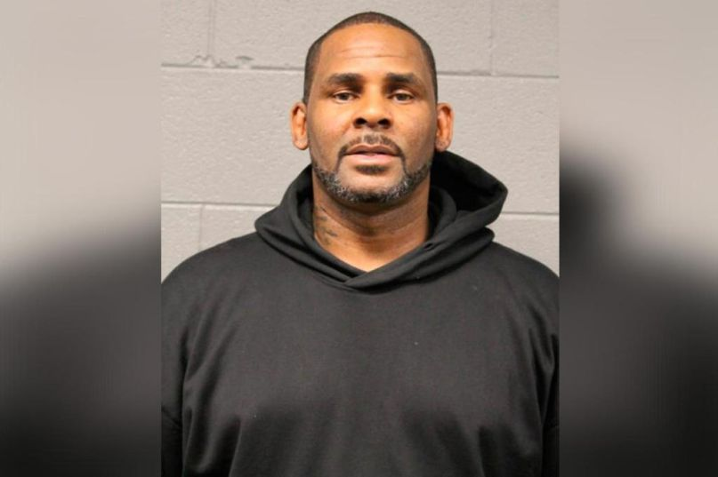 R Kelly Charged With Criminal Sex Abuse   News ...