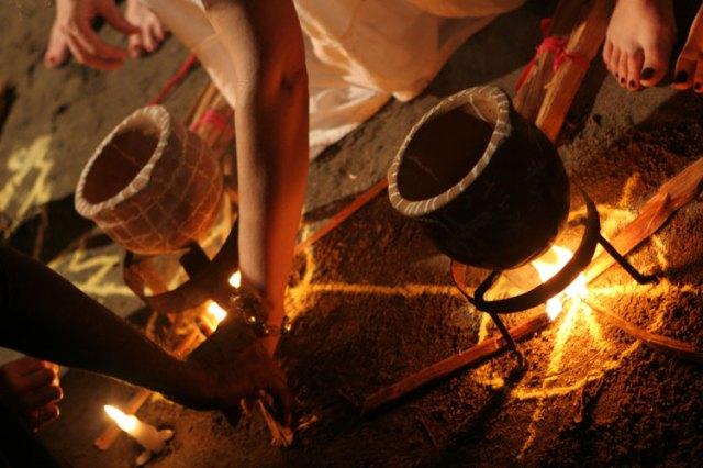 voodoo priestesses welcomed edgar jean louis a haitian voodoo priest ...