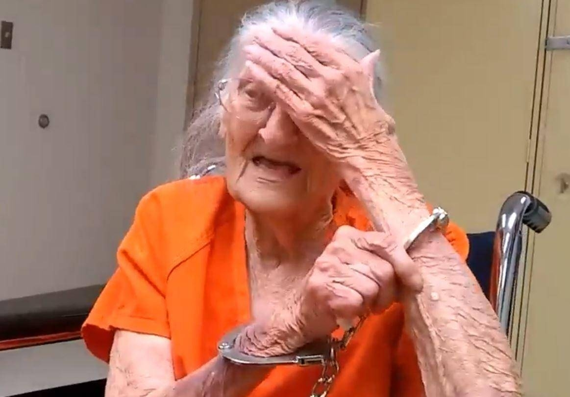 94-year-old Florida woman handcuffed and jailed