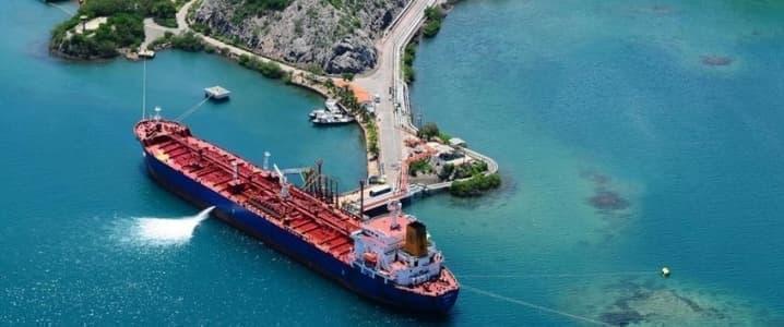 Higher Oil Exports Insufficient To Cut Brimming Venezuelan ...