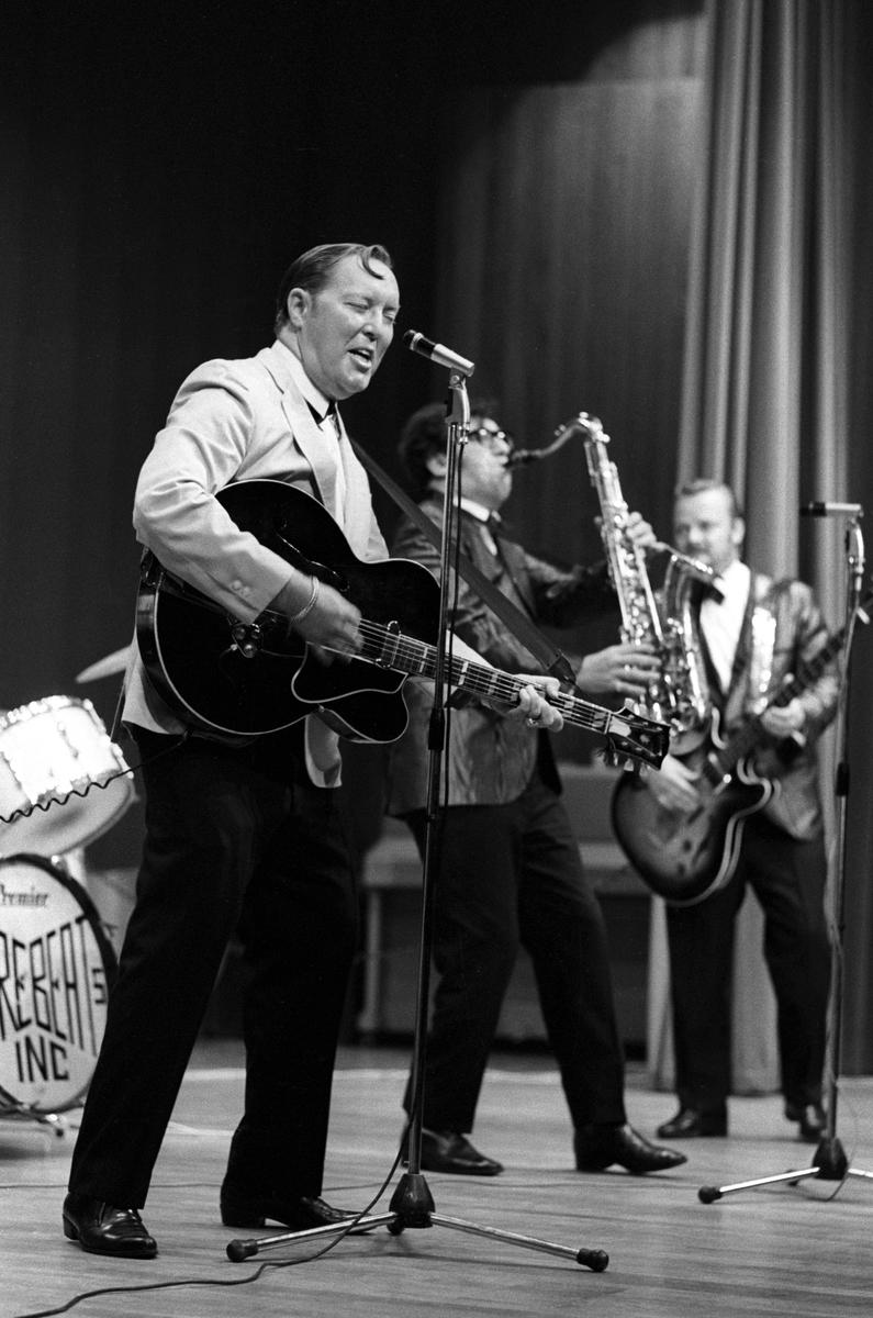 """Konsert med rockens konge """"Bill Haley and His Comets"""" i ..."""