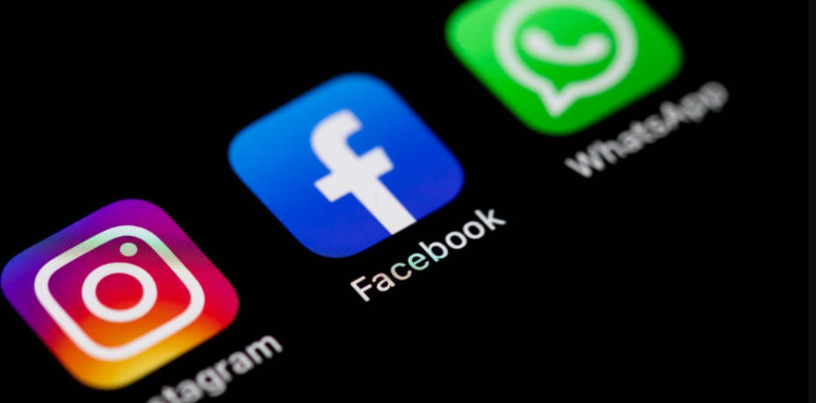 Facebook Apps And Whatsapp Down; What's Taking It So Long ...