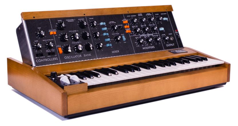 Minimoog Model D, el legendario sintetizador analógico, ha ...