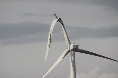 Pilot Hill Wind Farm damaged by…wind – – Illinois Leaks