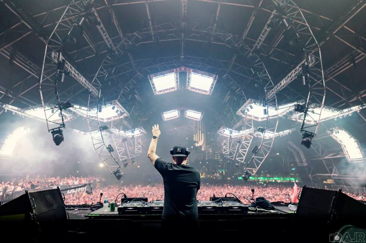 Eric Prydz Teases New Release of a Epic Radio Episode