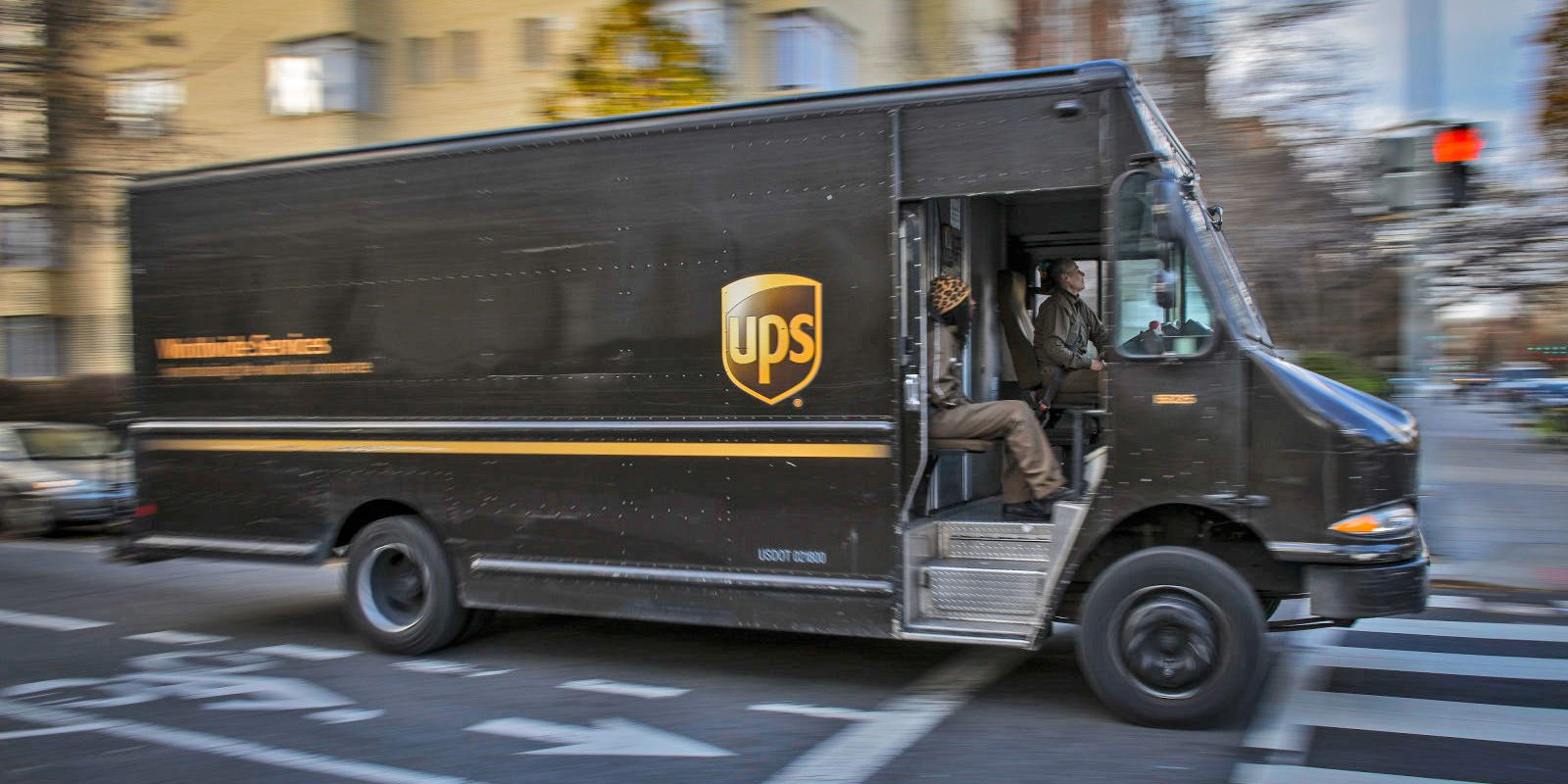 UPS employees allegedly ran drug, vaping pen trafficking ring for at least a decade…