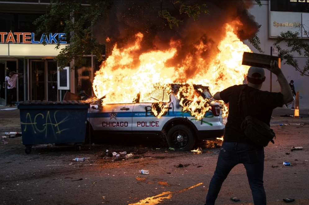WATCH: BLM Rioters Leave Chicago In Shambles And 13 Police ...