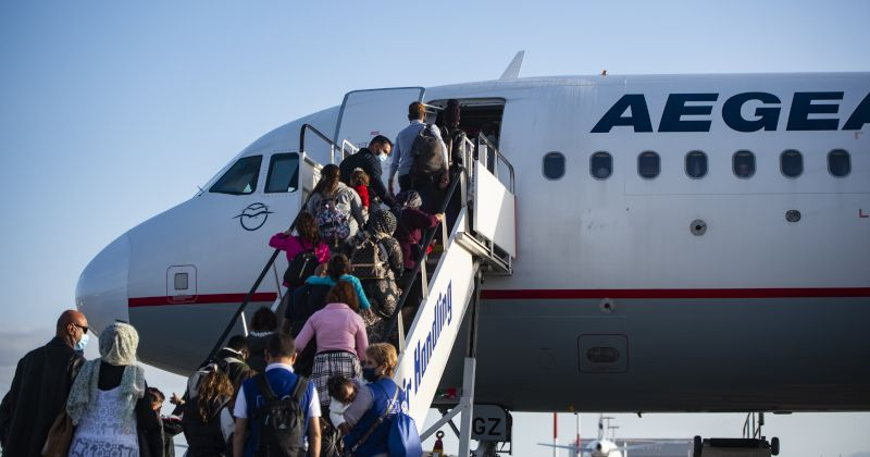 Greece Issuing Travel Documents to Thousands of Migrants ...