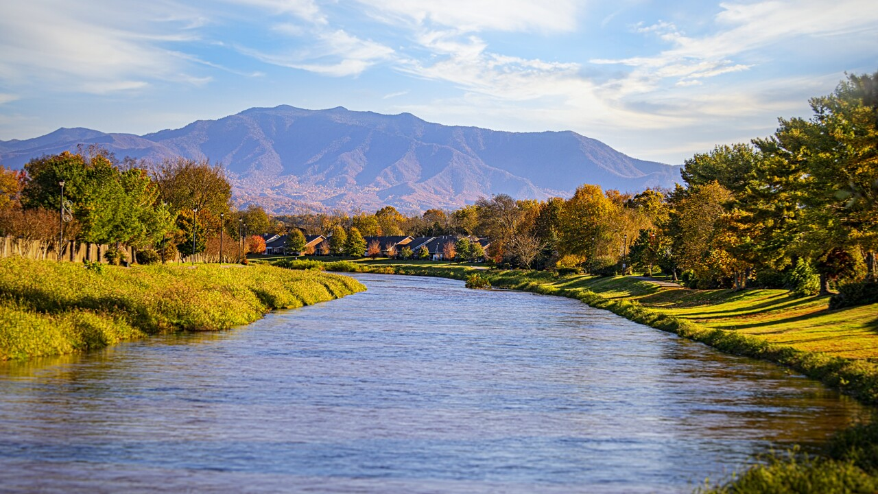 Fall in Sevierville, TN Prize Package Giveaway