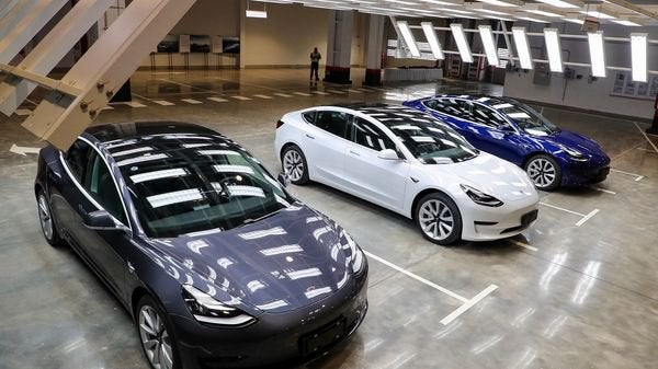 Tesla hacking competition: $1 million and free car if someone can hijack Model 3…