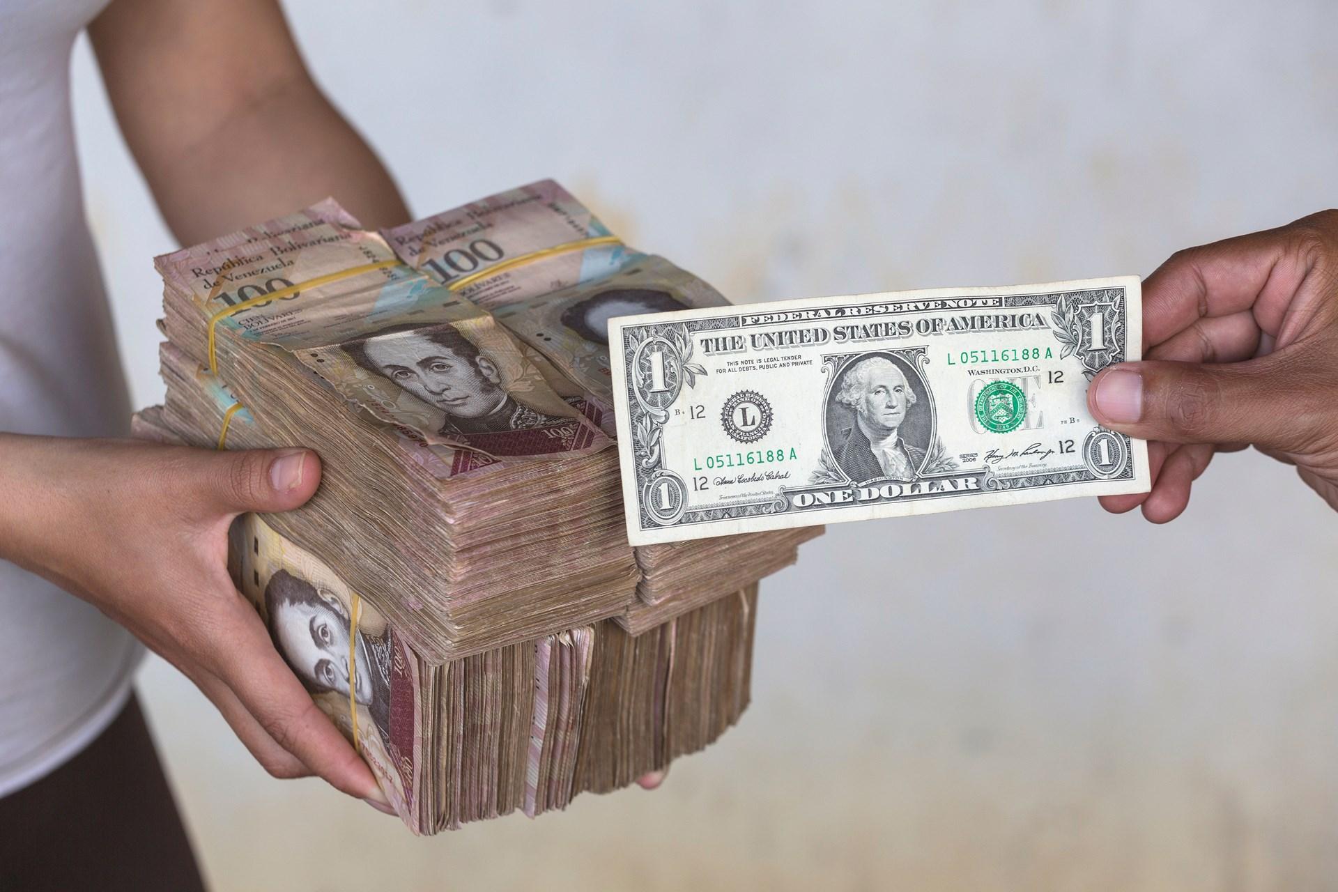 As Venezuela Collapses, Inflation Careens Toward 1 Million ...