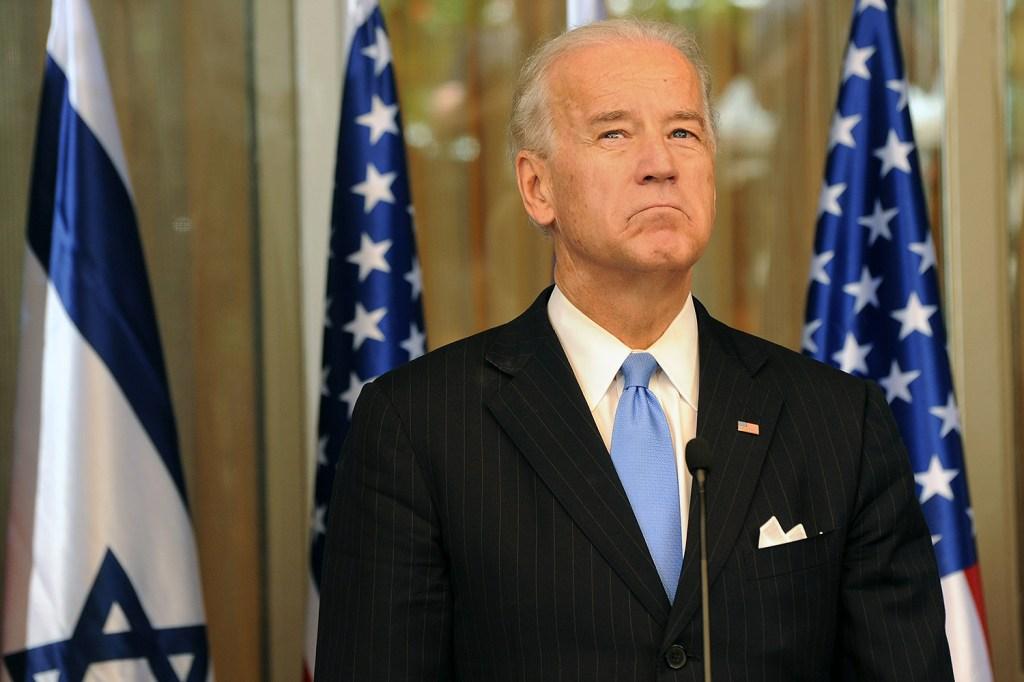 Biden Resists Progressives' Pressure to Turn Left on ...