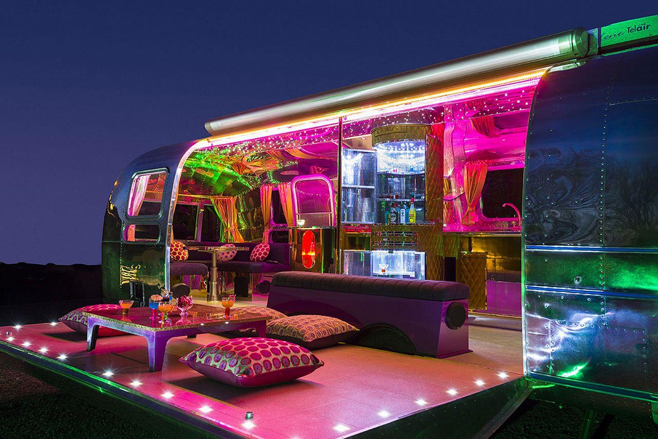 15 Stunning Airstream Trailer Hacks Remodel Makeover Ideas ...