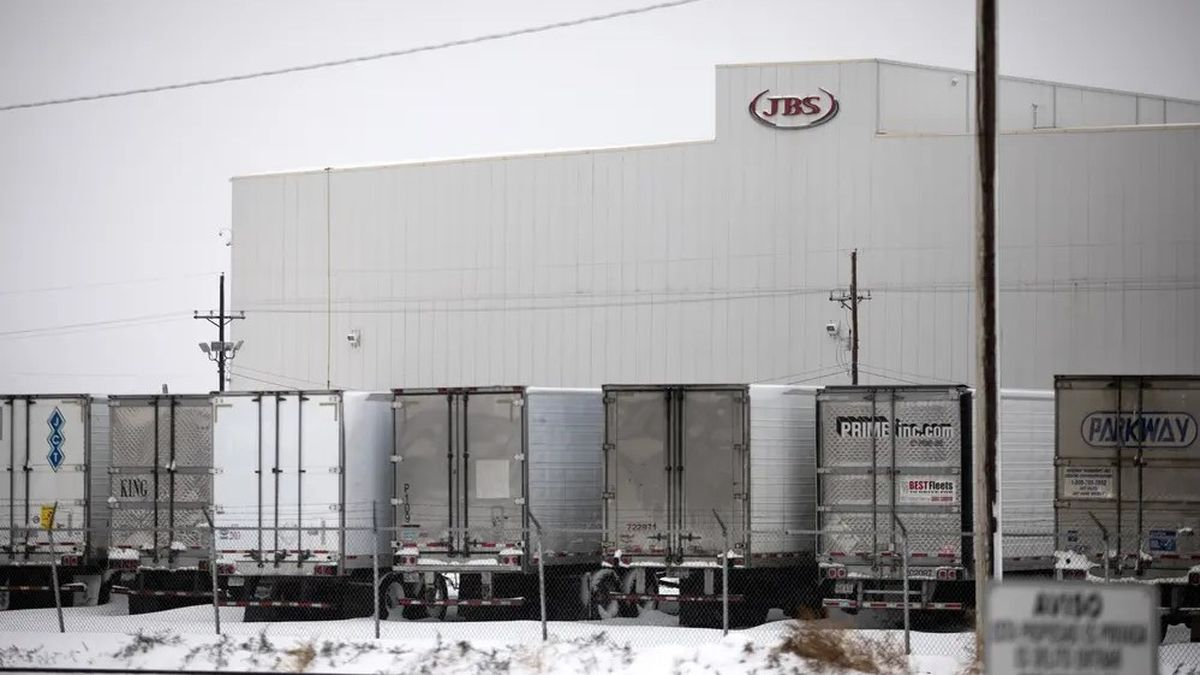Texas JBS meatpacking plant rejects state effort to test ...