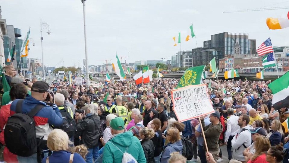 Thousands gather for second lockdown protest in Dublin | Gript