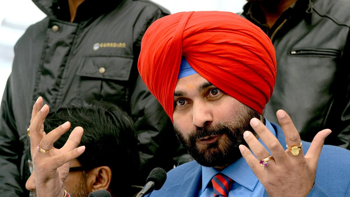 The other side of Navjot Singh Sidhu: Reading, pets and shopping are ...
