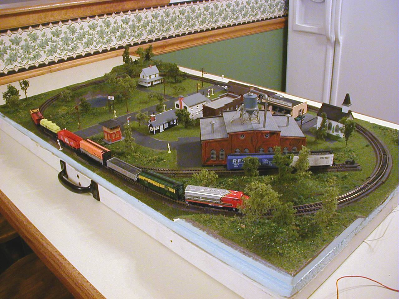 N Scale Model Train Track Plans | HO Train Section Layouts