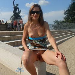 Public Upskirt Pics with Pantyless Women Gallery   Voyeur Web's Hall of Fame