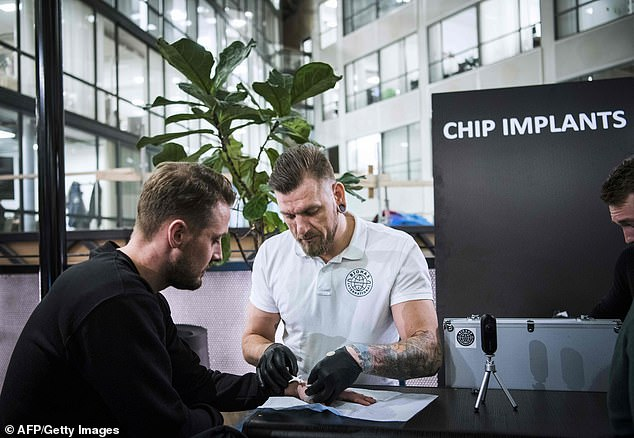 Thousands of Swedes are getting microchip IDs inserted ...