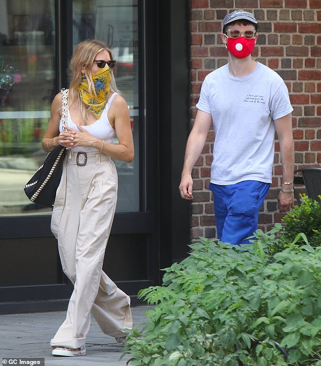 Sienna Miller looks stylish as she steps out with ex ...