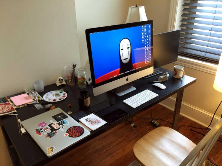 Jag's desk