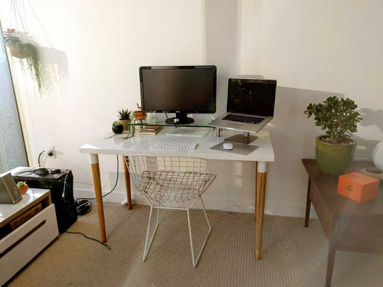 Olivia's desk