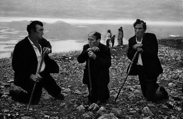 Josef Koudelka IRELAND. Croagh Patrick Pilgrimage. 1972 ...