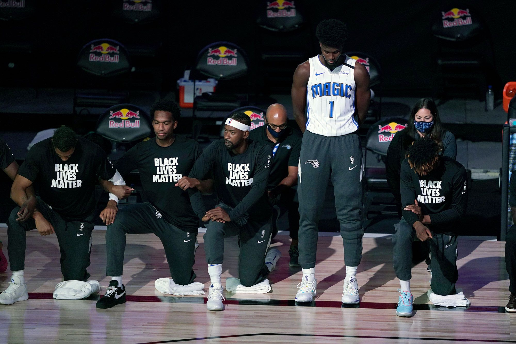 NBA Star Explains Why He Didn't Kneel and Wear Black Lives Matter Shirt During National Anthem ...