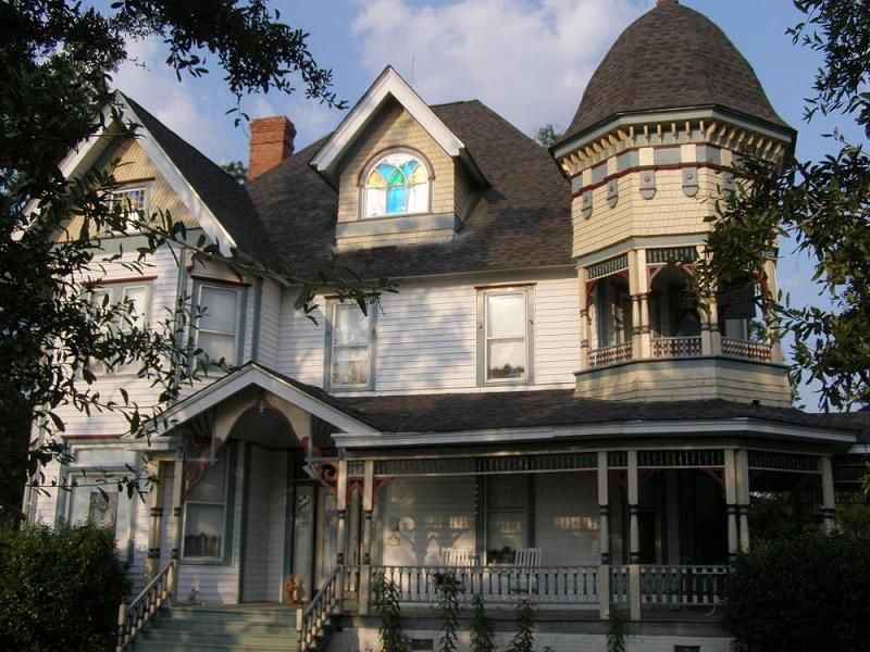 OldHouses.com - 1893 Victorian - James W. Coleman House in ...
