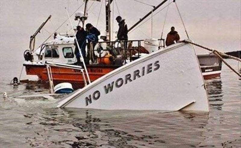 "The ""no worries"" boat response   Boat humor, Funny meme ..."