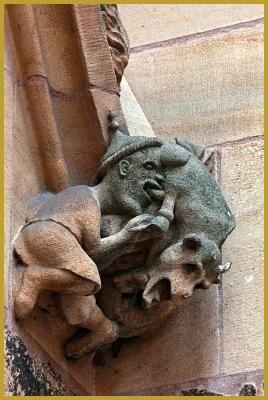 Photo de la sculpture du'' Judensau'' ou ''la Truie des ...