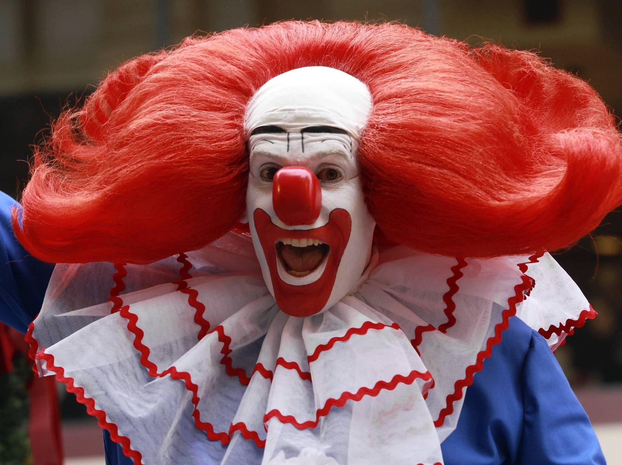 Who's your favorite clown? | Bozo the clown, Clown hair, Clown photos