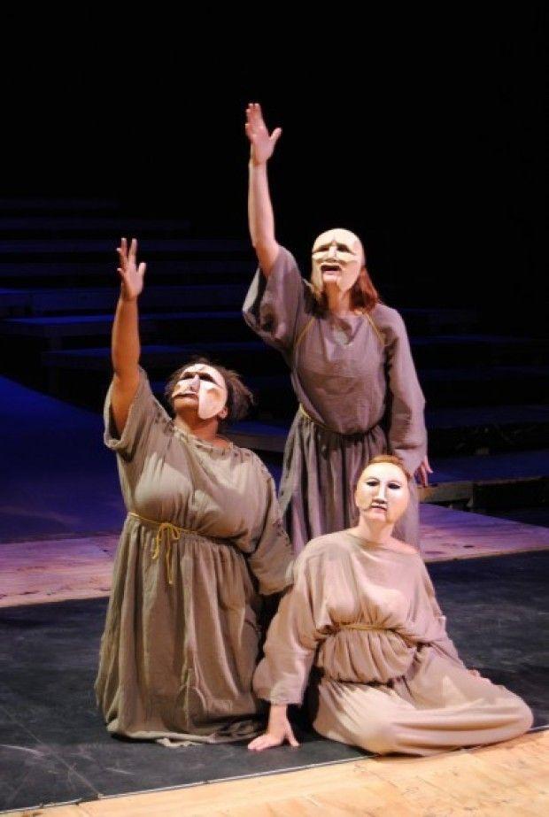 Greek drama costumes. Tragic Costumes. 2019-02-14