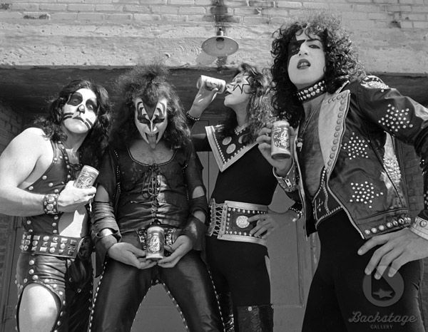 Creem Magazine | Banda de rock kiss, Bandas de rock y Rockera