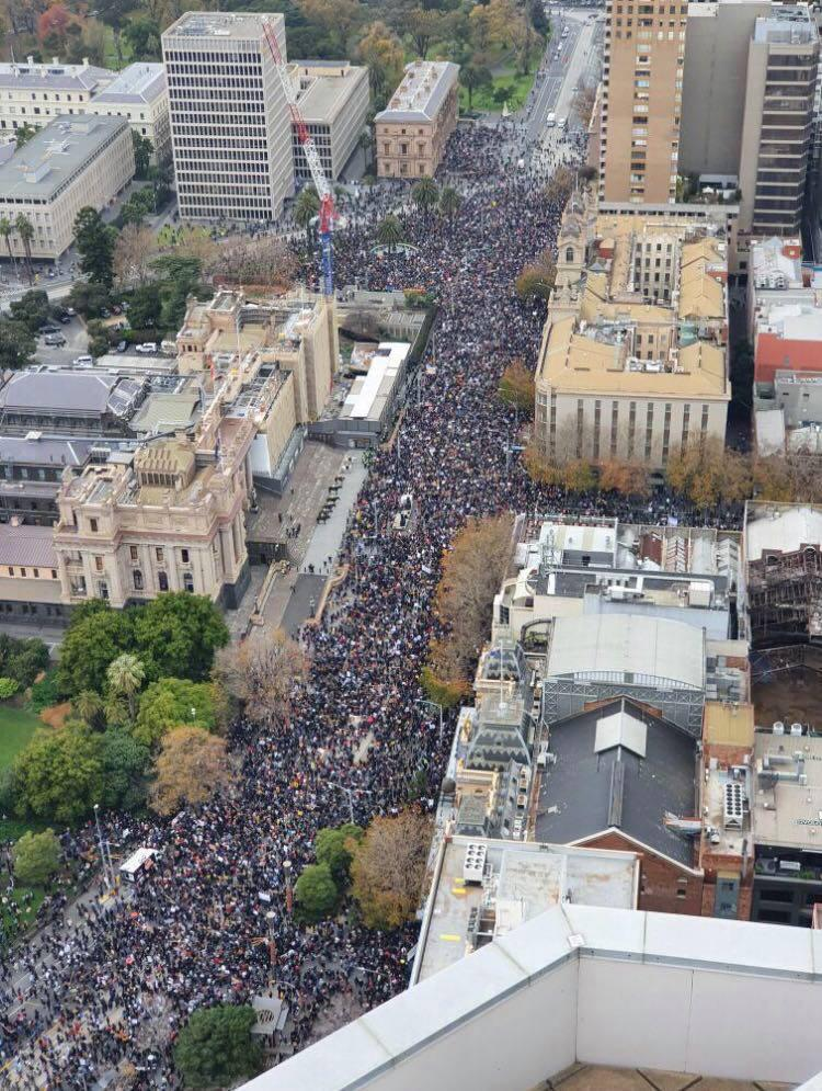 Melbourne BLM protest attendance even after being told you ...