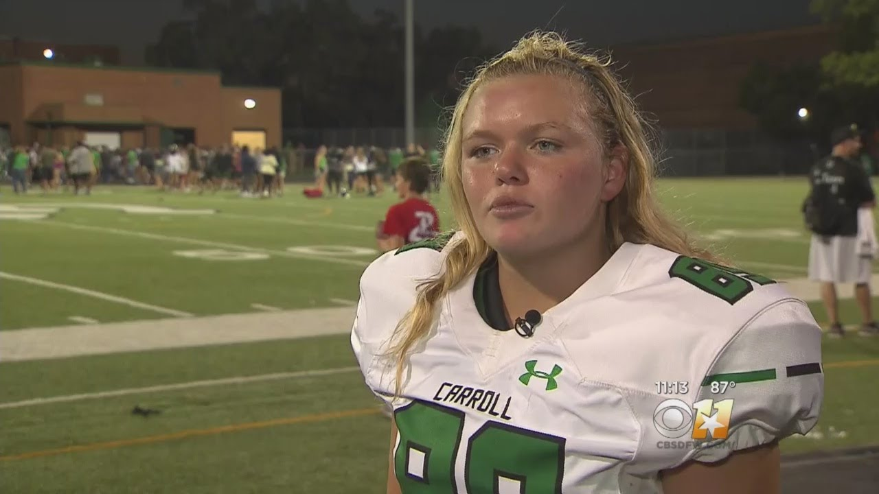 High School Teen Suits Up As Team's First Female Football ...