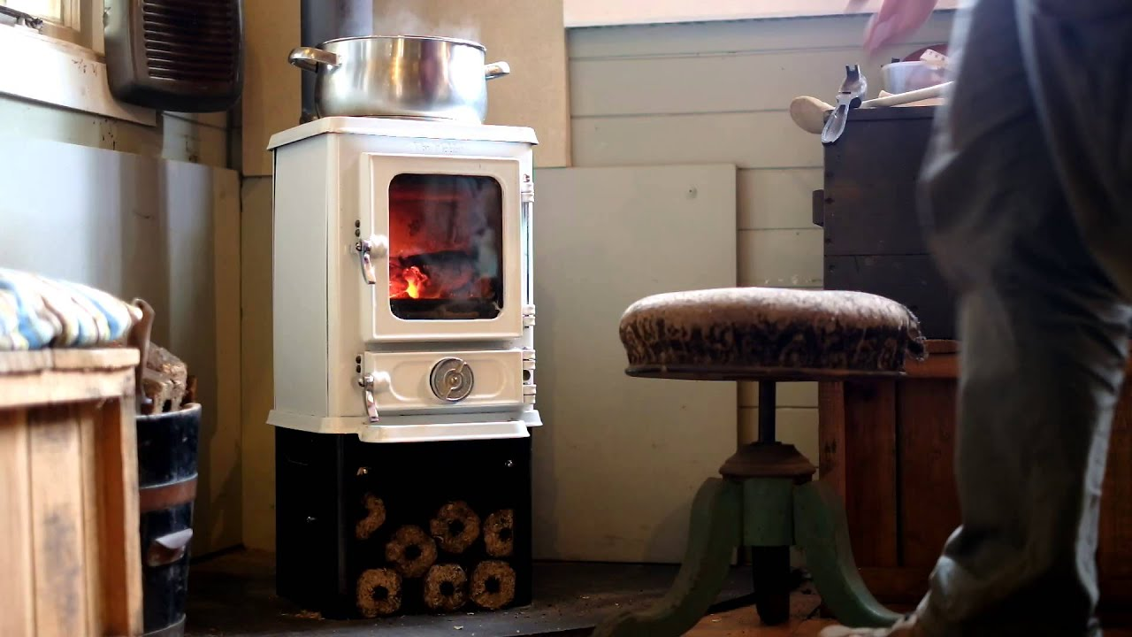 Cooking on a Wood Stove - The Hobbit Stove - White Enamel ...