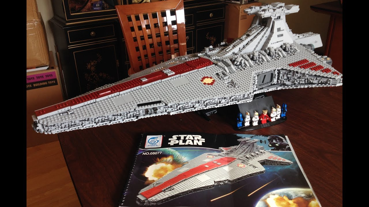 What to Expect when Building Lepin's 05077 UCS Venator Set ...