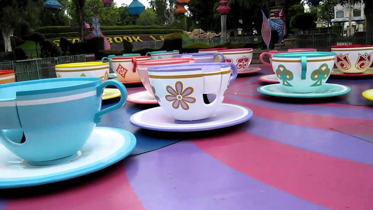 Empty Teacup Ride Disneyland - YouTube