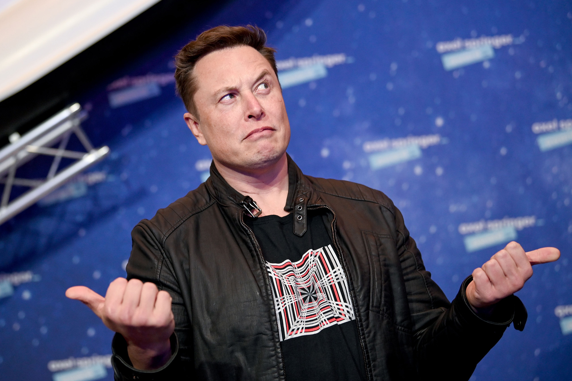 Elon Musk slammed for whining about pronouns on Twitter