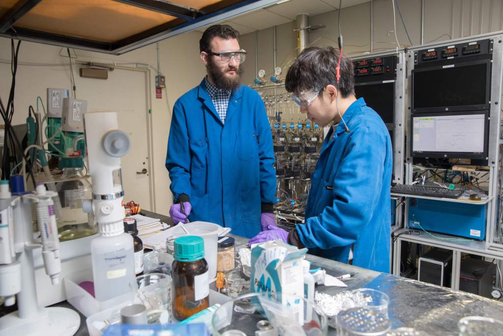 IBM's Lithium-Ion Battery Uses Seawater Materials Instead ...