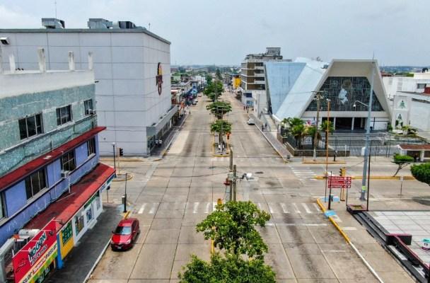 Vacías las calles de primeros cuadros de la ciudad en ...