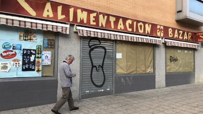 Los pequeños comercios chinos de Madrid echan el cierre ...