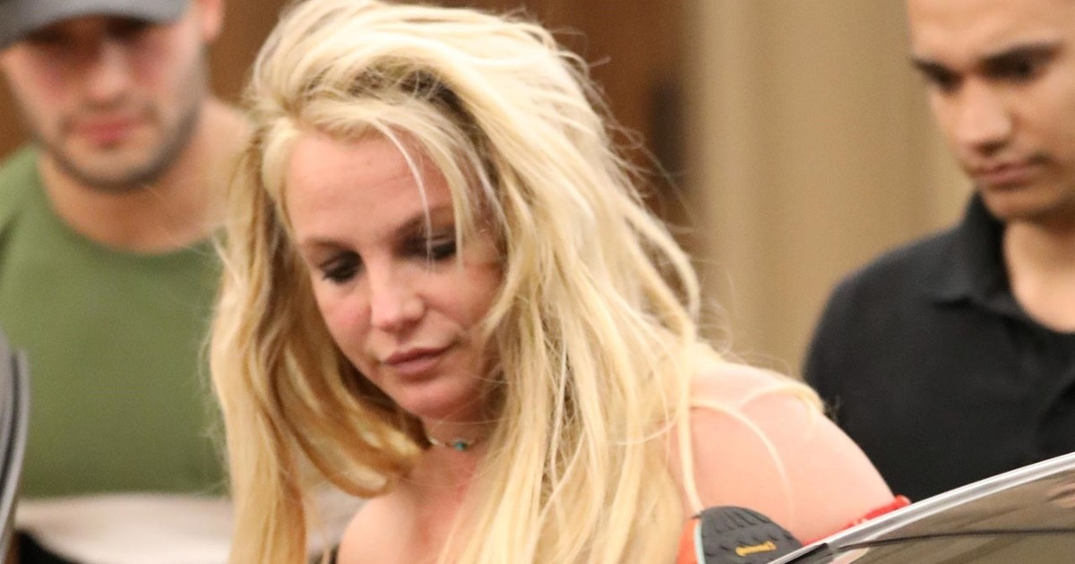 Se filtraron fotos de Britney Spears al salir del ...