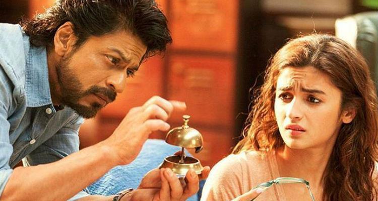 Dear Zindagi movie review: Shah Rukh Khan, Alia Bhatt bring a beautiful ...