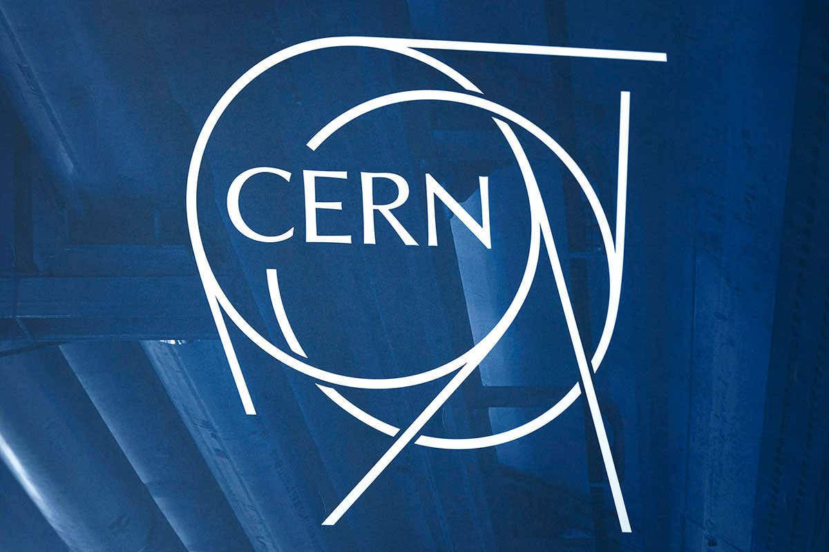 Hundreds of physicists condemn sexist talk at CERN on ...